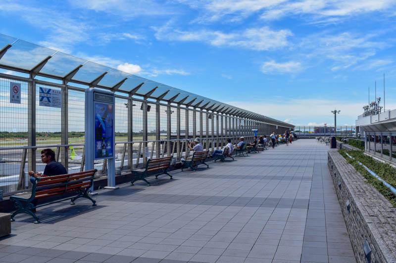 展望デッキの例 成田空港第1ターミナル