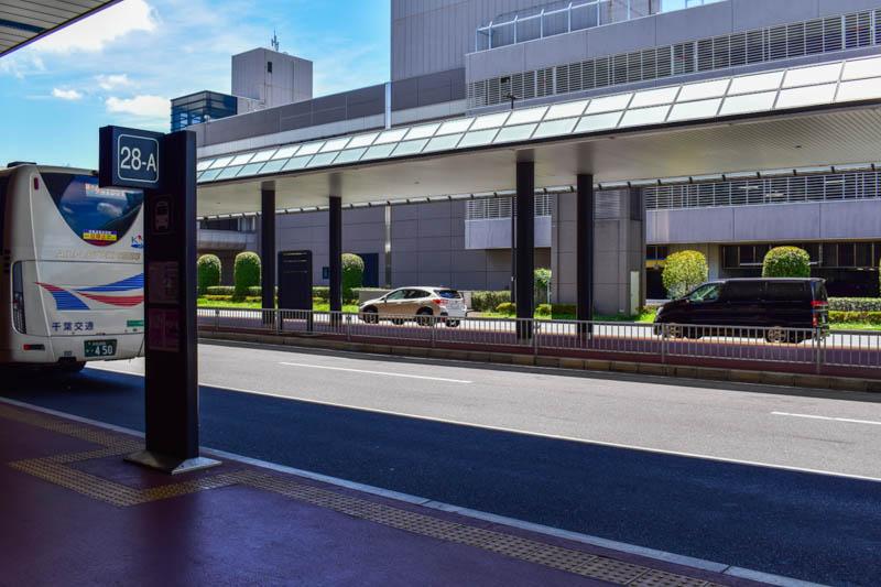 「空港近郊路線バス乗り場(28-A)」成田空港 第2ターミナル